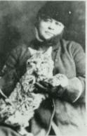 Lockhart with her pet bobcat 'Wampy'