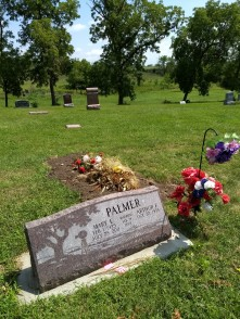 Uncle Art & Aunt Mary's grave